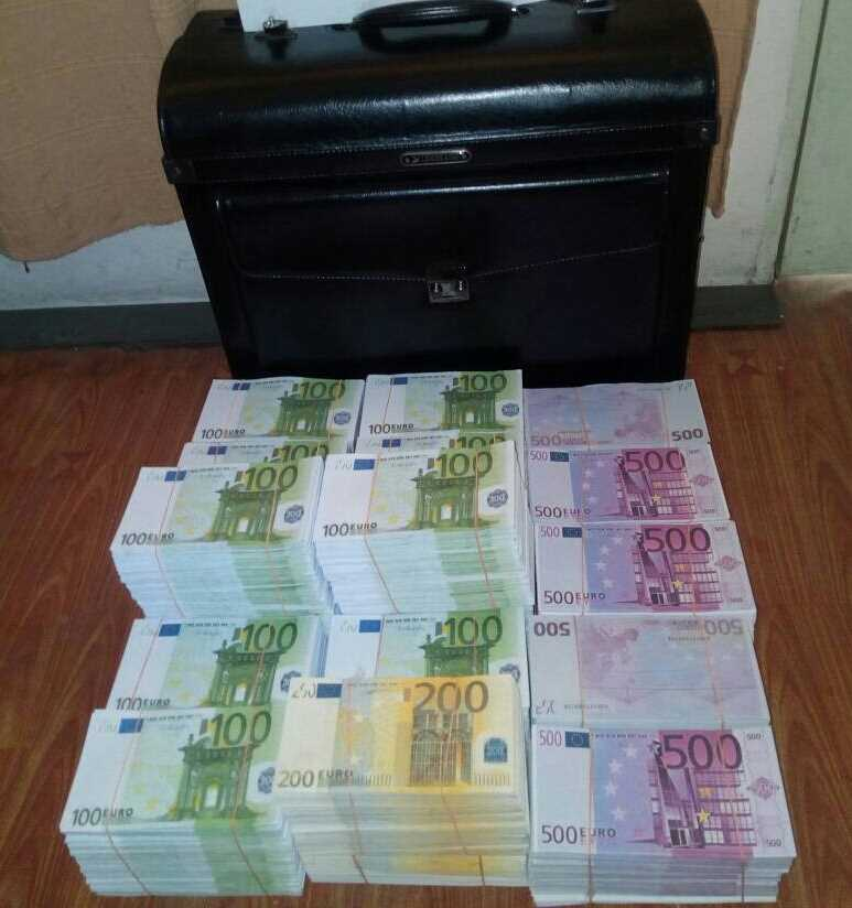 HIGH QUALITY Undetectable counterfeit Banknotes, whatsapp: +44 7459 806853